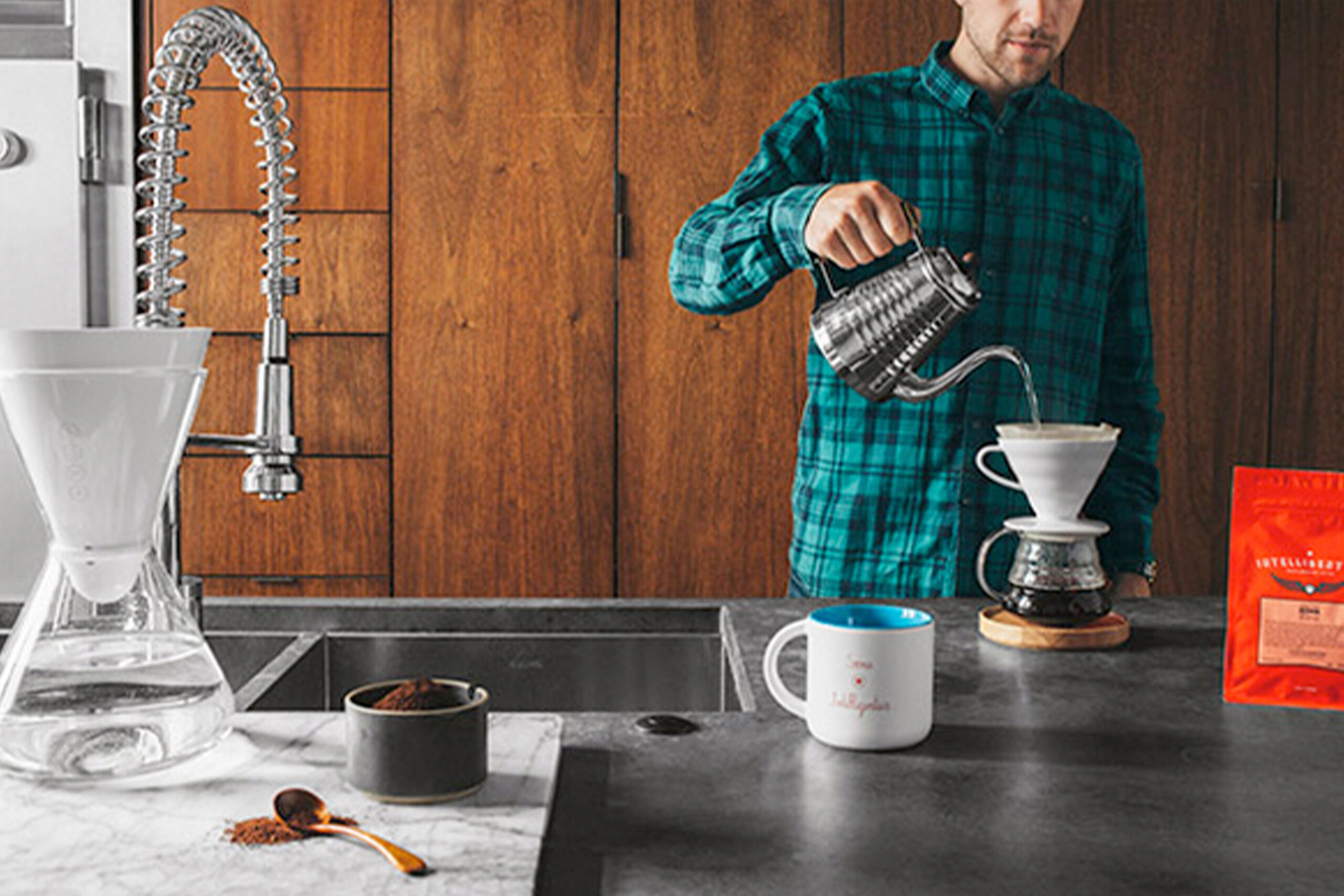 Intelligentsia partners with SOMA Water